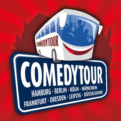 Ein Banner mit der Aufschrift Comedytour