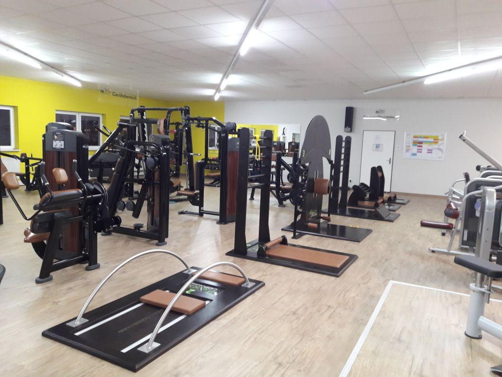 Activ Vital Magdeburg - Fitnessraum mit Geräten